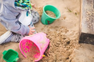 Optimized-sand-summer-outside-playing-min